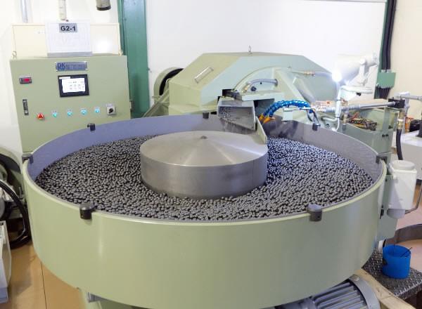 Empresa que fabrica esferas de aço